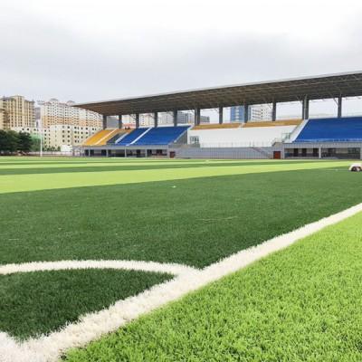 足球场人造草坪铺装 石英砂 胶颗粒全包 南宁康奇体育施工队伍
