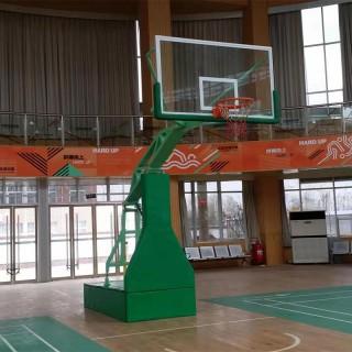 户外篮球场器材大全 篮球架地板安装维护 梁山篮球架订做