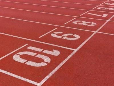 学校公园跑步塑胶跑道 济宁硅PU球场厂家 塑胶跑道安装价格