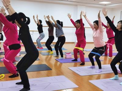 南京东山街道社区教育中心瑜伽培训公益课程